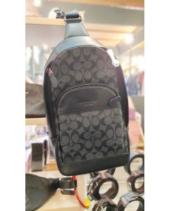 Coach F39942 Charles Pack In Signature Canvas