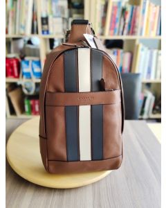 COACH CHARLES PACK WITH VARSITY STRIPE SADDLE  (F23215)