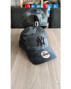 NY Yankees New Era Midnight Camo Baseball Cap
