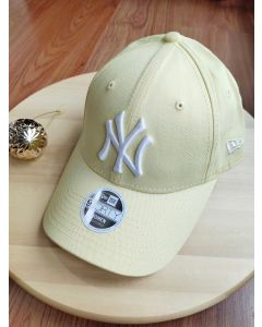 New Era NY yankee 9Forty Women Adjustable - Yellow
